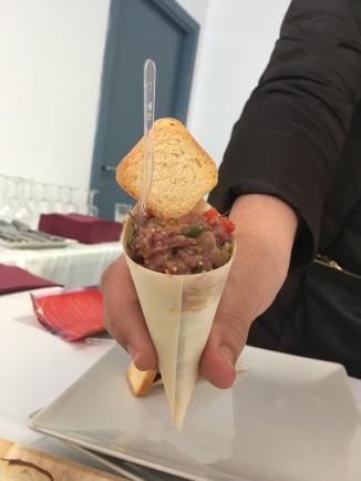 TERCER PREMIO: Steak Tartar de Retinto del Restaurante Mirador el Roqueo.